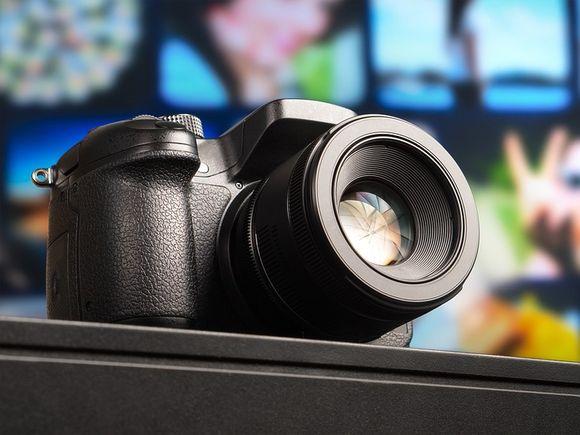 DSLR sau Mirrorless - care este cel mai bun aparat foto?