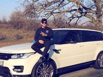 Cea mai mare aroganță a lui Ionuț Jaguarul! S-a fotografiat AȘA și a urcat poza pe Instagram. Să vezi ce era în spatele mașinii