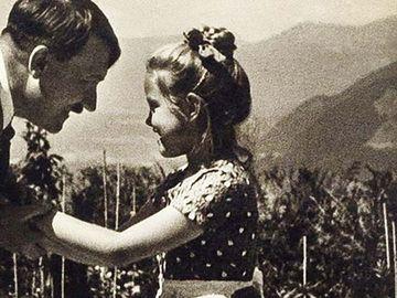 Cum și de ce îmbrățișa Hitler o fetiță evreică pe nume Rosa