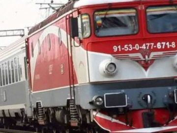 Caz incredibil la Iași! O tânără de 20 de ani a sărit din trenul aflat în mers, iar acum a dispărut subit