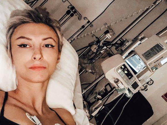 Andreea Bălan, mesaj pentru fanii săi, de pe patul de spital! Câte zile mai stă internată