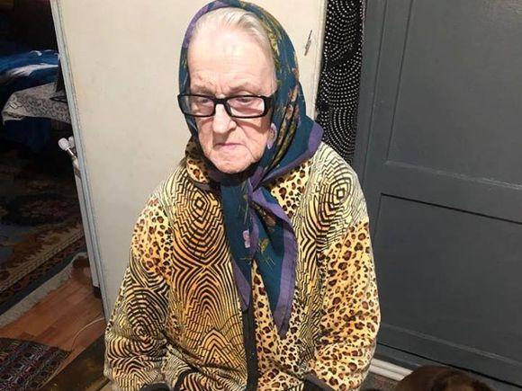 """Bătrână din Botoșani, în pragul sinuciderii, la 80 de ani. """"Ce să fac? Trag și eu de viață"""" Ce nenorocire s-a abătut peste ea"""