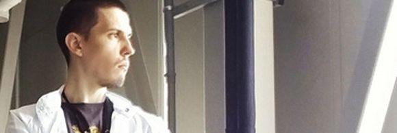 """Autorul piesei """"Ce proastă-i Olivia Steer"""" este cercetător la Institutul de Fizică Atomică și a vândut fier vechi să-și plătească întreținerea! Povestea fabuloasă a lui Alexandru Evanghelidis spusă chiar de el"""