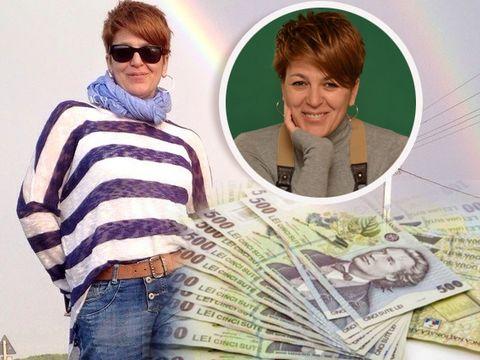 Carmen Avram a încasat un salariu fabulos, dar este de două ori mai mic decât al soţului ei! Ea şi Adrian Ursu au două case şi un apartament!