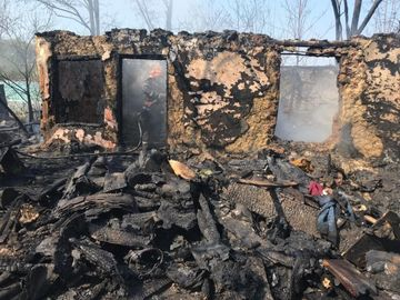 O femeie a fost găsită carbonizată în casă! Ce au descoperit pompierii