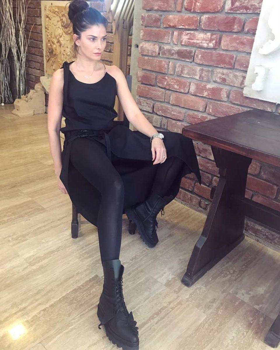 Câţi bani câştigă Alina Puşcaş din afacerea cu haine! Se gândeşte să lase televiziunea pentru brandul ei! EXCLUSIV
