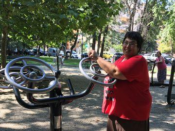 Doamne, ce schimbare! O ştiai pe Ioana Tufaru supraponderală şi neîngrijită, dar uite cum arată acum! A slăbit 70 de kilograme, s-a vopsit şi se aranjează! FOTO EXCLUSIV!