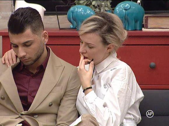 """Larisa și Adrian, reproșuri incredibile! """"Îți pute gura"""" - Raluca este convins că se vor despărți în curând"""