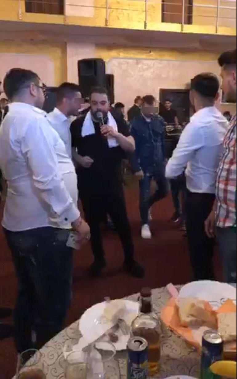 Bercea Mondial, prima super-petrecere de după eliberarea din închisoare! A cântat Florin Salam, iar interlopul a făcut din nou dansul său celebru! Imagini fabuloase