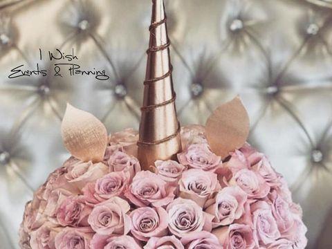 """Te căsătoreşti în această vară? Iată ce aranjamente florale trebuie să alegi pentru nunta ta de vis! N-ai să crezi ce se """"poartă""""! FOTO EXCLUSIV!"""