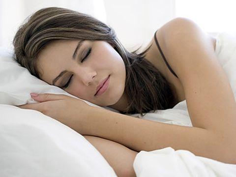 Vrei un somn bun? Iata 5 lucruri pe care nu ar trebui sa le faci in pat