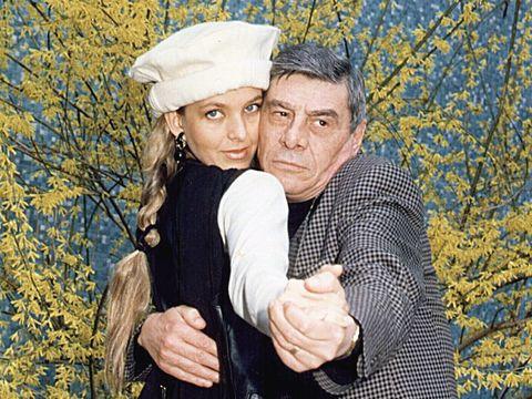 Cât de vesel e Mitică Popescu la 82 de ani! Marele actor se află într-o formă de zile mari FOTO