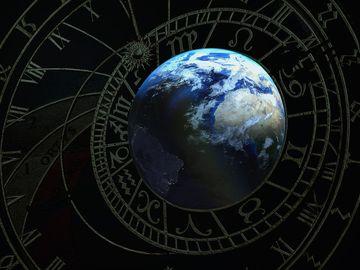 Horoscop Cassandra 15- 21 aprilie 2019. Trei zodii primesc mulți bani