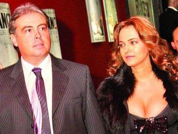 Ce sexy este soprana Alexandra Coman, fosta logodnică a ministrului Adrian Cioroianu! Cei doi au avut o relaţie de 10 ani! FOTO