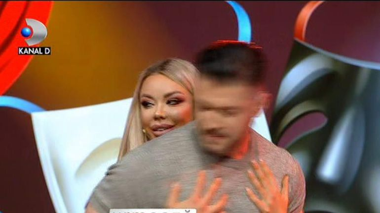 """Bianca Drăgușanu și Victor Slav, protagoniștii unui moment neașteptat: """"Stai, că ți se face rău"""" VIDEO"""