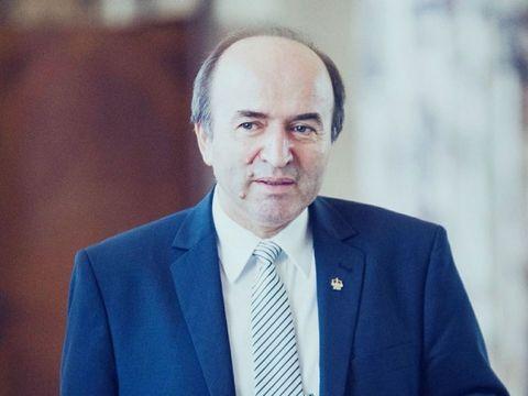 Tudorel Toader pleacă de la Ministerul Justiţiei! PSD i-a retras sprijinul