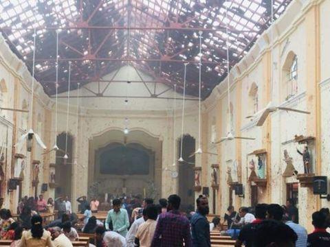 Ce s-a întâmplat cu elevii români plecați în Sri Lanka, în timpul exploziilor în care 290 de persoane au murit