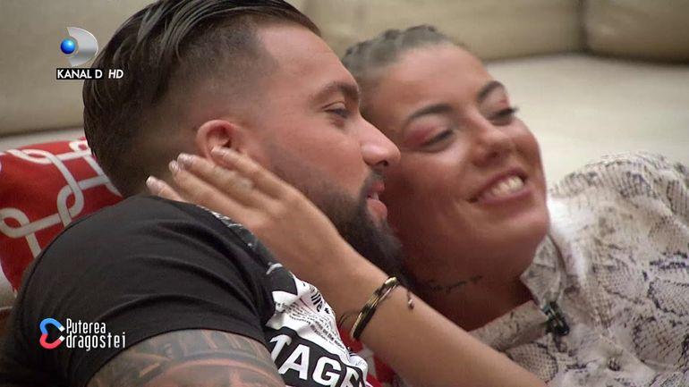 Andy da de pământ cu Roxana de la Puterea dragostei la trei săptămâni de la bătaie!