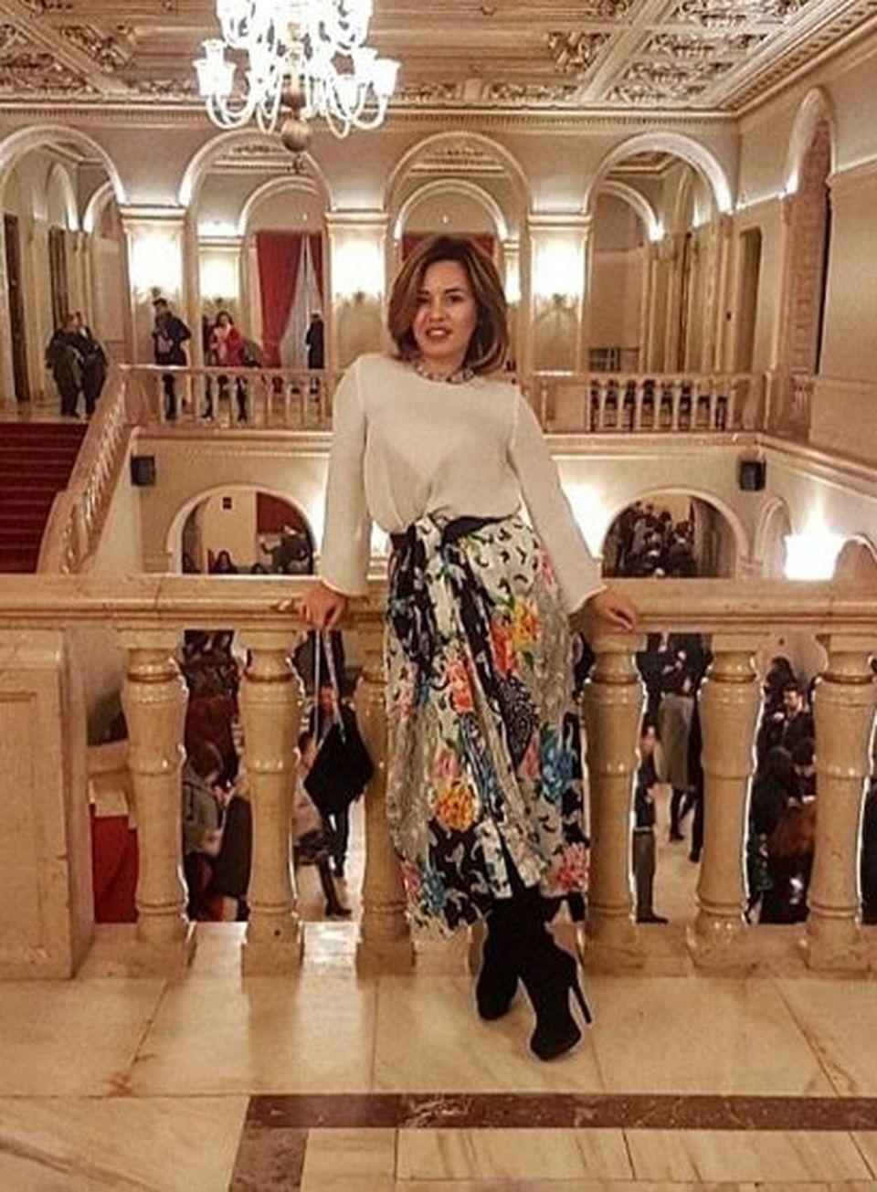 Ea este cea mai sexy candidată la alegerile europarlamentare! Bianca încinge internetul cu fotografiile ei