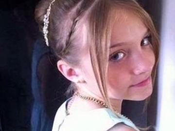 Dramatic! O fetiță de 12 ani s-a sinucis, după ce colegii de clasă și-au bătut joc de ea. Motivul e alarmant