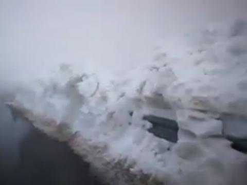 Ninge în România! Imagini spectaculoase cu zăpada în luna mai
