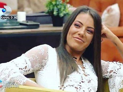 """Roxana de la Puterea Dragostei și-a pus silicoane? Fotografia care le-a atras atenția fanilor: """"Ai exagerat cu buzele și cu sânii"""""""