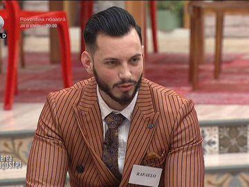 """Noul concurent de la """"Puterea dragostei"""", dezbrăcat de secrete! Cum arată Rafaelo fără haine"""