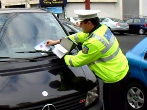 Atenție mare, șoferi! Riscați amenzi uriașe și să rămâneți fără permis pentru un obicei banal!