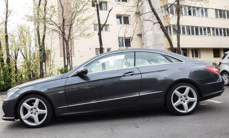 Vladimir Drăghia şi-a vândut limuzina! Vezi câţi bani a cerut! FOTO