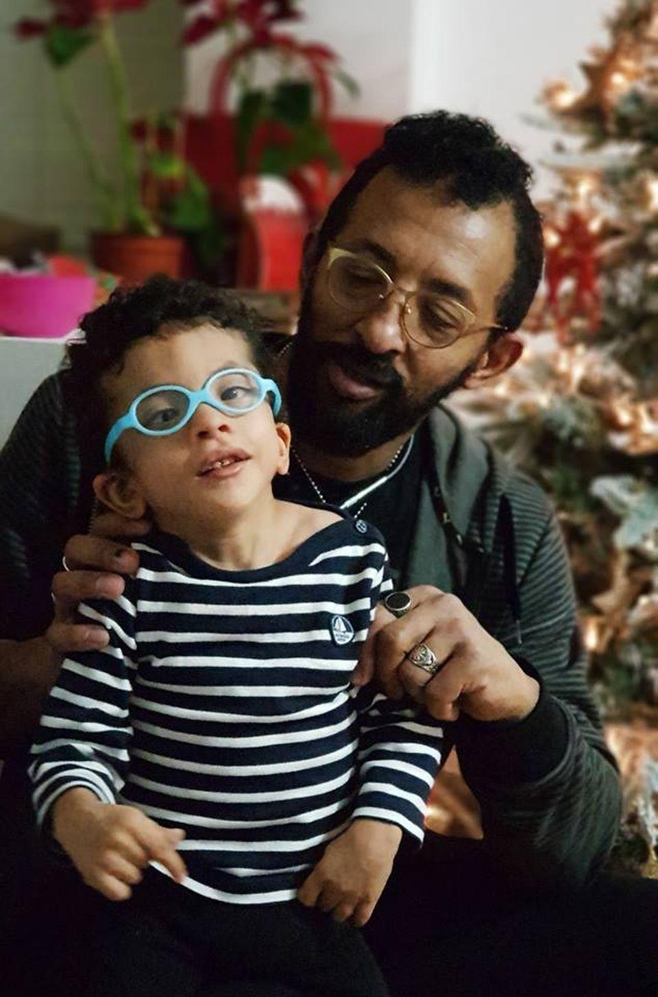 Emoționant! Băiețelul lui Kamara a fost internat în spital în Turcia! Micuțul a început tratamentul cu celulele stem! Avem primele imagini