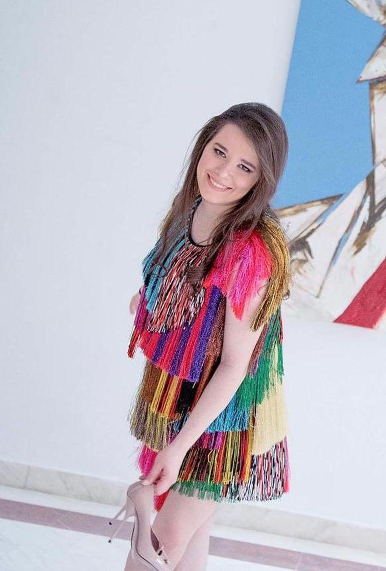 Ce sexy şi elegantă este fiica lui Gică Hagi! Kira a anunţat că le va preda copiilor cursuri de actorie! FOTO