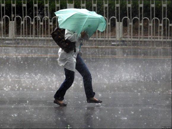 Cod GALBEN de furtună, grindină și descărcări electrice în mai multe județe din țară