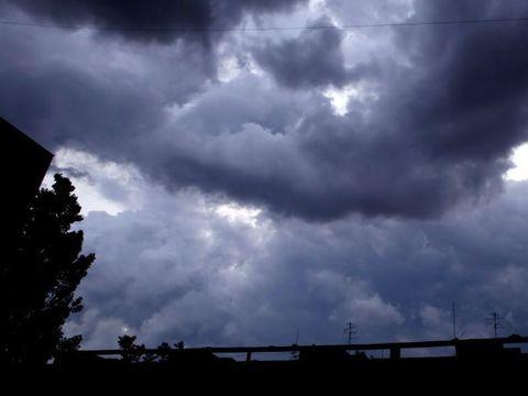 Cod GALBEN și PORTOCALIU de vreme severă în România! Mai multe județe sunt afectate