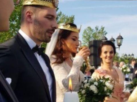 """EXCLUSIV. Beatrice Olaru, câștigătoarea Exatlon 2, în rochie de mireasă! I-a zis """"DA"""" alesului, într-un cadru de poveste!"""