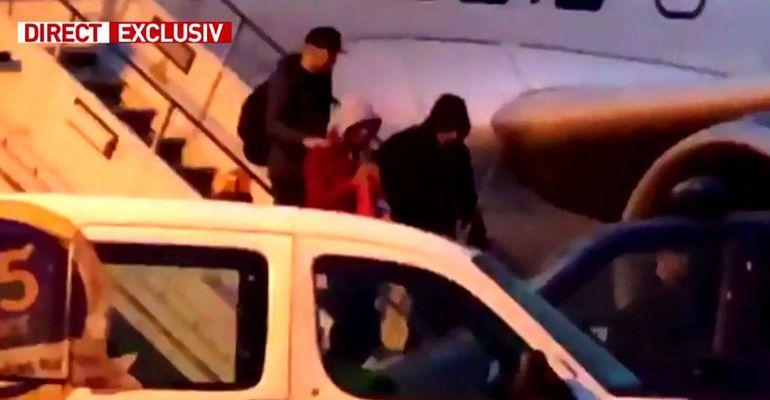 Radu Mazăre a fost extrădat din Madagascar! Avionul care l-a adus în țară a aterizat cu întârziere! Primele imagini cu fostul edil