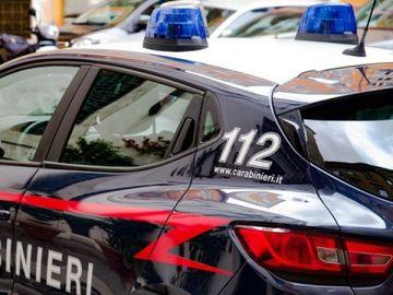 Un român din Italia a sunat la poliție reclamând că îl bătea soacra. Ce a urmat întrece orice imaginație