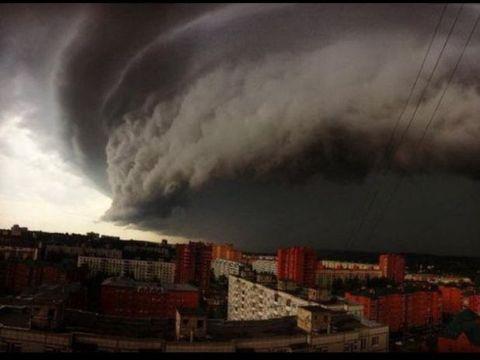 Meteo: Ciclonul se apropie! România, traversată de furtuni și grindină