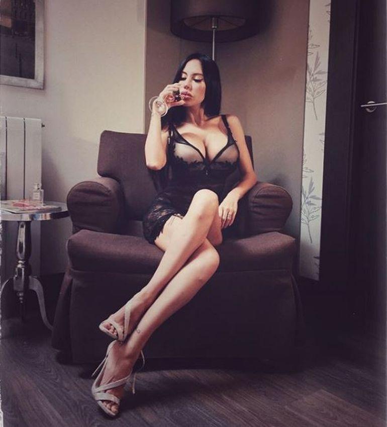 Una dintre cele mai sexy prezentatoare TV e însărcinată! Doria Ivan a fost printre primele bombe sexy ale României! Foto & declarații
