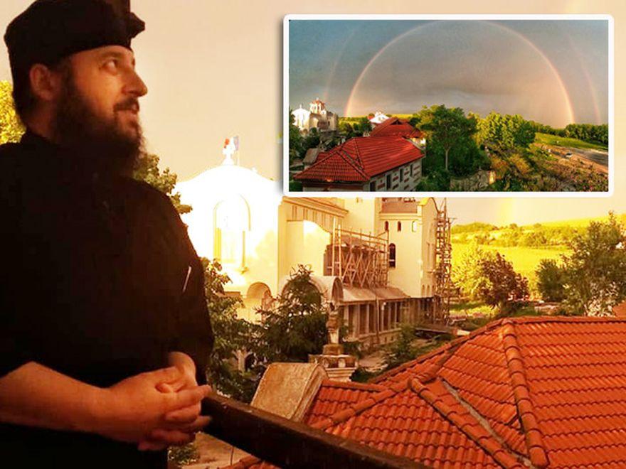 """Imagini fabuloase surprinse la mănăstirea Dervent, acolo unde este îngropat Aurelian Preda! """"Câteva clipe petrecute în Rai!"""""""