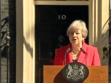 Ultimă oră: Theresa May va demisiona. O nouă criză politică