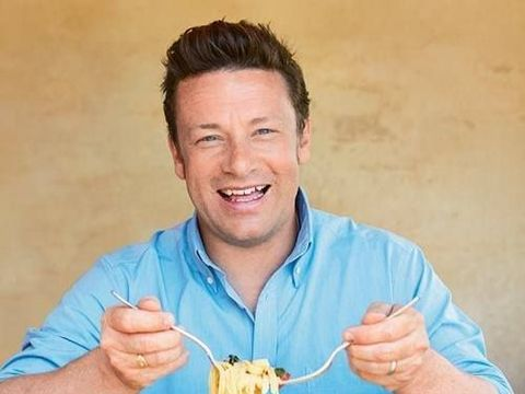 Jamie Oliver a dat faliment! Și-a concediat angajații printr-un mesaj