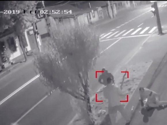 Cei doi elevi din Galați implicaţi în cazul bărbatului înjunghiat mortal pe stradă, arestaţi preventiv