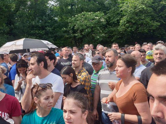 Alegeri 26 mai. Revoltă la o secție de votare de lângă Frankfurt! Poliția a venit să asigure ordinea! VIDEO EXCLUSIV