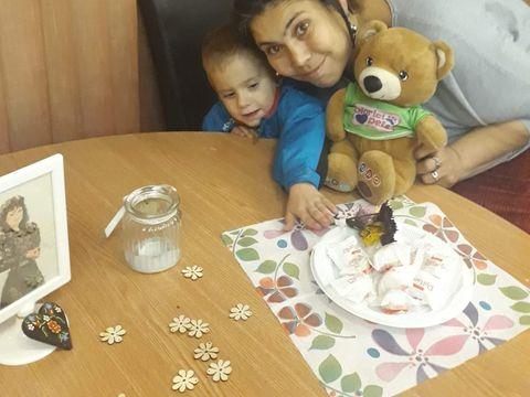 Doamne,  cât de mult s-a schimbat băieţelul Ioanei Tufaru! Nici mama lui nu-l mai recunoaşte! Uite cum arată şi ce face la grădi! FOTO EXCLUSIV!