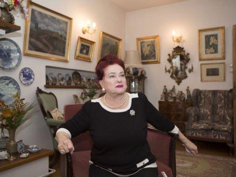 Fotoliul în care Stela Popescu și-a petrecut ultimele clipe înainte de moarte va fi vândut! Care e prețul la care va fi scos la licitație importantul obiect de mobilier al actriței   EXCLUSIV