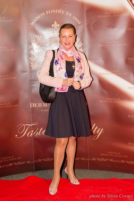 Avocata lui Liviu Dragnea este putred de bogată! Cum a ajuns Flavia Teodosiu să câştige 23.000 de euro pe lună!