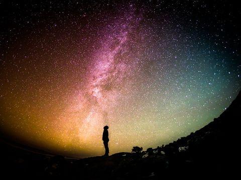 Horoscop săptămânal 10 - 16 iunie 2019. Zodiile care își schimbă viața la 180 de grade