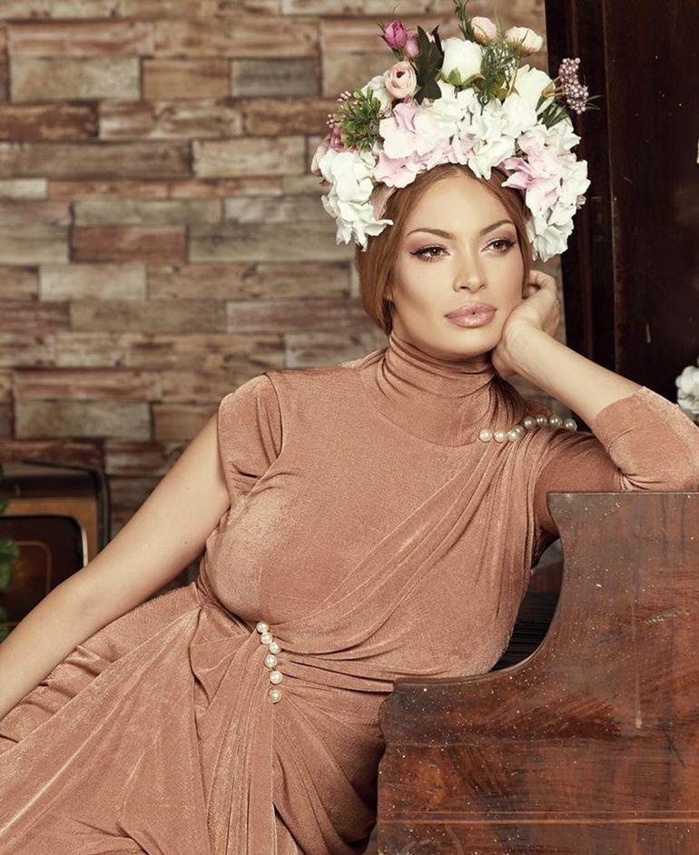 Valentina Pelinel nu a dat BAC-ul până la 38 de ani! Vezi motivul pentru care soţia lui Cristi Borcea nu a mai dat examen!