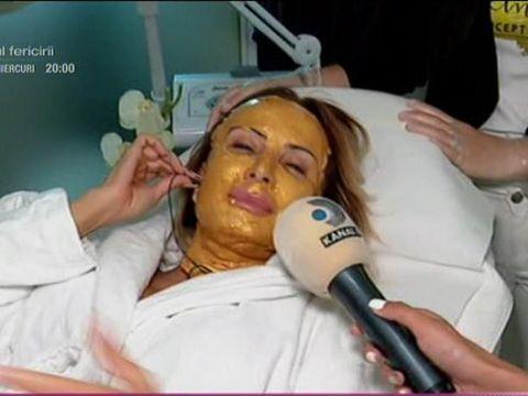 """Daniela Gyorfi, răsfăţată cu mască facială cu aur de 24 de karate! """"Vin dărâmată la salon"""""""