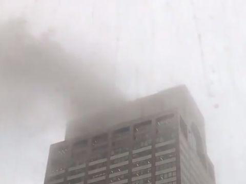 Un elicopter s-a prăbușit peste o clădire din New York! VIDEO
